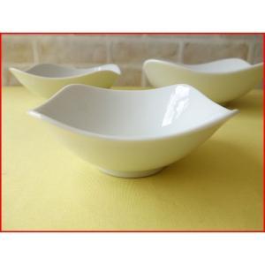スクエアーミール12cm杏仁豆腐ボール/業務用食器 カフェ食器 白い食器 小鉢 おしゃれ 北欧風\|puchiecho