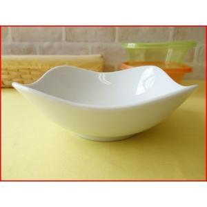 スクエアーミール17cmサラダボール/白い食器 カフェ食器 取り鉢 中鉢 盛り鉢 陶器 ボウル\|puchiecho