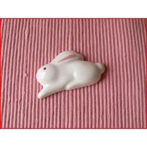 かわいい白ウサギの箸置き/カトラリーレスト スプーンレスト はしおき 箸おき 激安 和食器 ナチュラル雑貨 インスタ映え|puchiecho