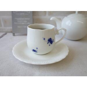 青いバラのつぼみのコーヒーカップ&おしべのソーサー/インスタ映え カップソーサーセット 白 業務用 陶器 おしゃれ 美濃焼 北欧風 日本製|puchiecho