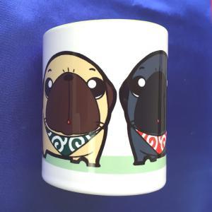 ごはんまだ?フォーン&黒パグ カラーマグカップ|pugbiiki