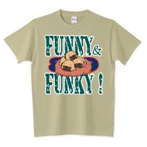 色・サイズ豊富 FUNNY&FUNKY すやすや子パグ3兄妹(フォーン)5.6オンスTシャツ(ぱぐ グッズ) pugbiiki