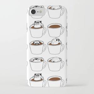 society6 iphone/Galaxyケース    コーヒーに浸かるパグ(ぱぐ グッズ)|pugbiiki