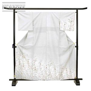 紬 正絹 着物 きもの 刺繍 白 蘇州 シンプル 上品 おしゃれ 和装 リサイクル|purpose-inc