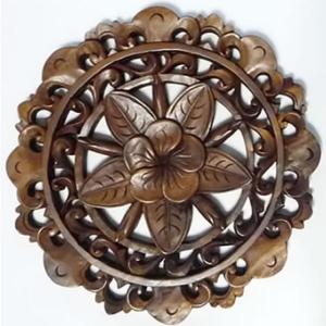 バリ製丸形木彫りのレリーフ(フランジパニ)|putihbali