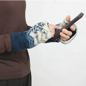 ハンドウォーマー フィンガーレス 手編み ウール スノー ノルディック柄 手袋|pwanpwan