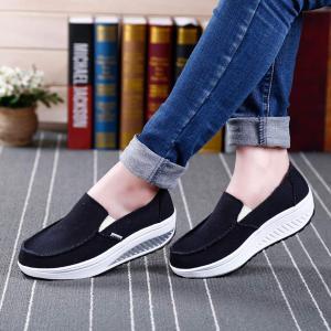 Vocnako レディース安全靴 作業靴 セーフティーシューズ ナースシューズ 婦人靴 ママシューズ お年寄りシューズ 大人 介護靴 介護|qalib