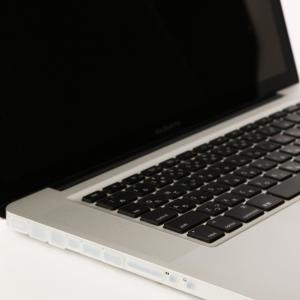 コネクタカバー (for MacBook Pro用 クリア)|qolca