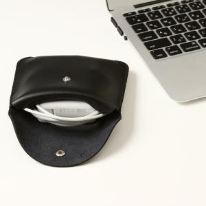 電源アダプタ/電源ケーブル 収納ポーチ MacBook 対応(ブラック・M)|qolca