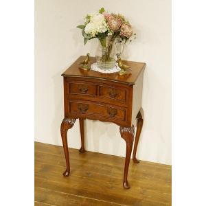 英国イギリスアンティーク家具 クイーンアン レッグ 2段 チェスト ベッドサイドチェスト 猫脚 8348 qs-antiques