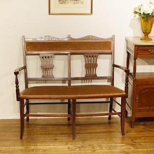 英国アンティーク家具 1900年代 ヴィクトリアン マホガニーセティ 2人掛け サロンチェア アームチェア 象嵌 8727|qs-antiques