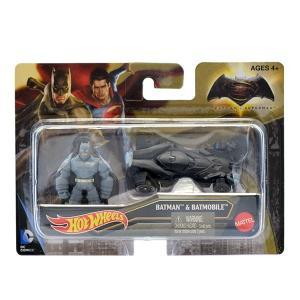 『バットマン vs スーパーマン ジャスティスの誕生』【ホットウィール】バットモービル<アーマード・バットマン ミニフィギュア付>|quattroline