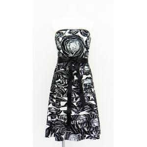ワンピース ドレス 大花柄 綿 コットン 100% ベアトップ ノースリーブ ウエスト リボン Aライン 白 黒 S サイズ|queenandking