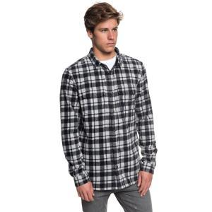 トーンオントーンのチェック柄が、着こなしの決め手になる長袖シャツです。前立て下に叩いたカラーテープが...