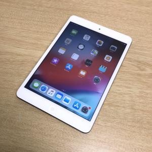 ■商品名 アップル  iPad mini2 (iPad mini Retina) 16GB <シルバ...