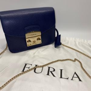 【FURLA】フルラ メトロポリス ショルダーバッグ チェーン ネイビー raftelshop