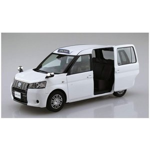 アオシマ ザ・モデルカー No.09 1/24 JPNタクシー '17 スーパーホワイトII rainbowten 02