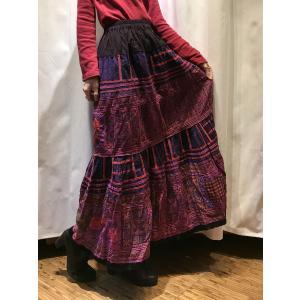 【モン族】手刺繍 フレアロングスカート 【パープル 】|rainforest