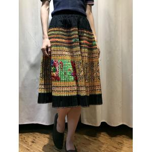 手刺繍 モン族 プリーツミディアムスカート 【イエロー】|rainforest