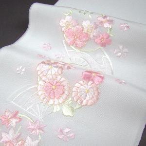 刺繍半衿(半襟)・白/色 花輪に扇 結婚式 成人式 卒業式 ...
