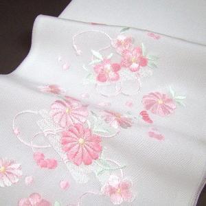 刺繍半衿(半襟)・白/色 花に巻物 結婚式 成人式 卒業式 ...