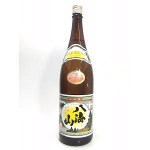 新潟を代表する酒造好適米「五百万石」を60%精米にて仕込み、大吟醸造りと同じように長期低温醗酵して製...