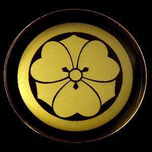 家紋ストラップ《丸に剣片喰》|rakusaicollection
