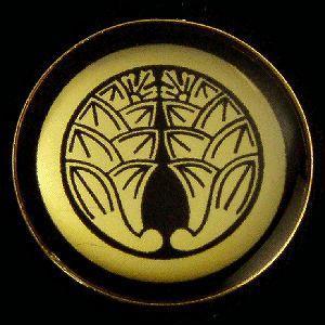 家紋ストラップ《丸に抱き茗荷》|rakusaicollection