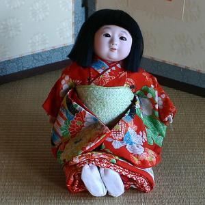 京製市松人形 スワリ 【送料無料!】【雛人形】|rakusaicollection