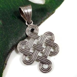 チベット密教 エンドレスノット シルバー925 ペンダントトップ|八吉祥(八つの幸運のシンボル)|シルバー925 メール便対応可|rapanui