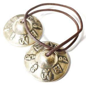 チベット密教 ティンシャ(チベタンシンバル) 観音菩薩真言 オムマニペメフム 7メタル|チベット密教|楽器|瞑想|手作り メール便対応可|rapanui