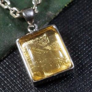 ギベオン隕石 スクエア(四角) ゴールドコーティング スターリングシルバー ペンダントトップ【送料無料】|rapanui
