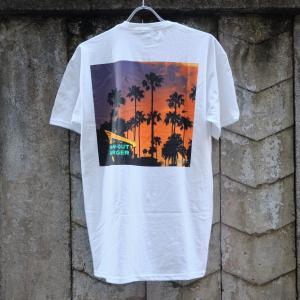 インアウトバーガー 2017 カリフォルニア ドリーミン Tシャツ ホワイト|rawdrip