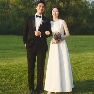 二次会 花嫁 白 ワンピース ウエディングドレスマキシ丈 結婚式 ドレス お呼ばれ シンプル フォー...