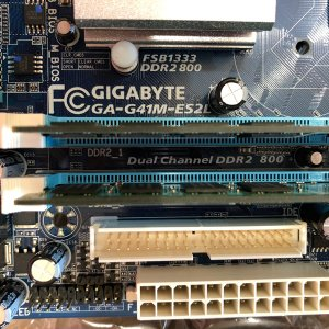 GIGABYTE GA-G41M-ES2L CORE2DUO E7500 DDR2|re-works|02