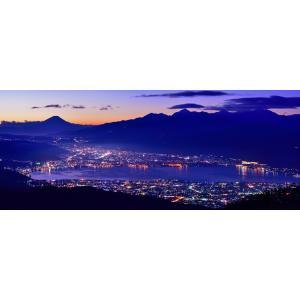 絵画風 壁紙ポスター  -地球の撮り方- 極寒の宝石箱、高ボッチ高原からの諏訪湖越しの富士山 夜景 諏訪市 C-ZJP-014P1 (パノラマ版 1440mm×576mm)|real-inter
