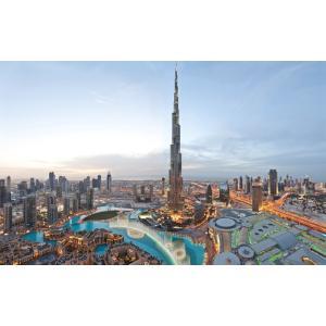 絵画風 壁紙ポスター  ドバイ 世界一超高層ビル ブルジュ・ハリファと高層ビル群 アラブ首長国連邦 キャラクロ DBI-018W2 (ワイド版 603mm×376mm)|real-inter