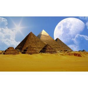 絵画風 壁紙ポスター  ギザの三大ピラミッドとビッグムーン 月 古代エジプト 世界遺産 ピラミッドパワー キャラクロ EPMD-011W1 (ワイド版 921mm×576mm) real-inter