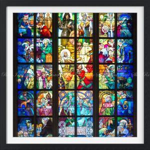 絵画風 壁紙ポスター  ミュシャの窓 絵画 アルフォンス・ミュシャ プラハ聖ヴィート大聖堂 ステンドグラス絵画 【額縁印刷】 K-MCH-014SGF1 (594mm×594mm)|real-inter