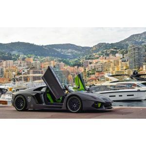 絵画風 壁紙ポスター  ランボルギーニ アヴェンタドール LP700-4 黒 スーパーカー キャラクロ LAVD-006W2 (ワイド版 603mm×376mm)|real-inter