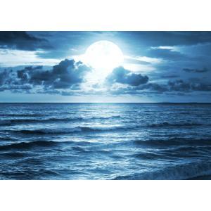 絵画風 壁紙ポスター  神秘的なスーパームーンライト 月光 波 月 満月 海 スーパールナ 神秘 癒し キャラクロ MON-023A2 (A2版 594mm×420mm) real-inter