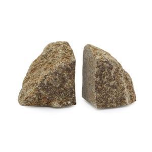 人が最初に使った道具は石でした。石はずっと昔から私たちのすぐ近く、自然の中にあります。自然に生まれた...