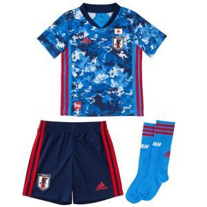 コンセプトは「日本晴れ」。 ひとりひとりの選手やサポーターが見てきた空が一つにつながり、雲ひとつない...