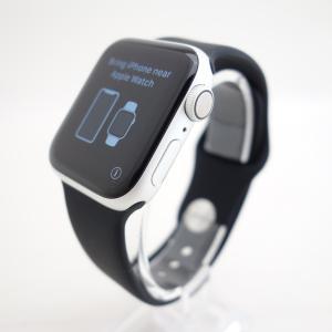 【Apple】Apple Watch Series 4 Nike+ (GPSモデル) 40mm シルバーアルミニウムケース #13715 reco