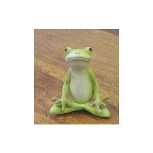 レジン製カエルの置物 癒やしグッズとしても最適な可愛いカエルの置物 あぐら カエル 置物 レジン 癒やしグッズ カエルグッズ|recommendo