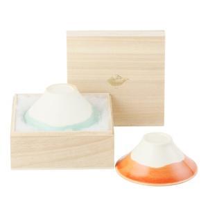 富士山をモチーフにしたお茶碗「富士椀」  キュートなシルエットとやわらかな色合い、マットな質感。毎日...