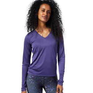 軽量で肌触りの良い素材を使用した長袖Tシャツ。反射プリントを搭載し、夜間のランニングでも視認性を確保...