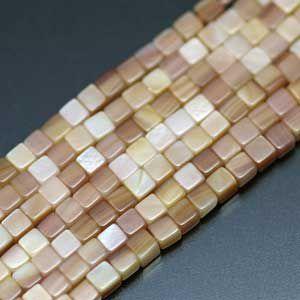 マザーオブパール・キューブ3mm・ピンク・10個分 regalo-gemstone