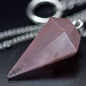【一点物】ローズクオーツ(紅水晶)・ペンデュラム・ダウジング 天然石|regalo-gemstone