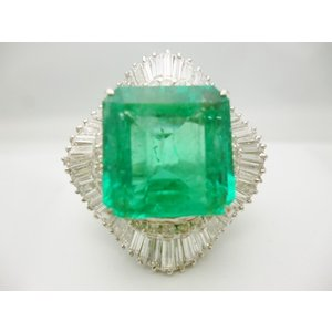 Pt900×エメラルドコロンビア産15.6ct×ダイヤモンド合計3.76ct プラチナ リング レディース ジュエリー 極極稀